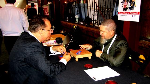 Vlad E. Genin декан Университета Phoenix US и Игорь Гришин