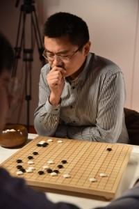 Fan Hui играет в Го с AlphaGo