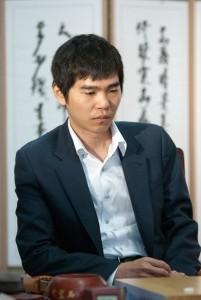 Ли Седоль в матче против одного из сильнейших мастеров Китая Гу Ли.