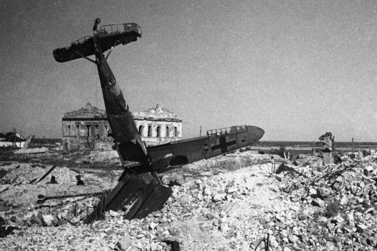 Сбитый самолет Люфтваффе в Сталинграде